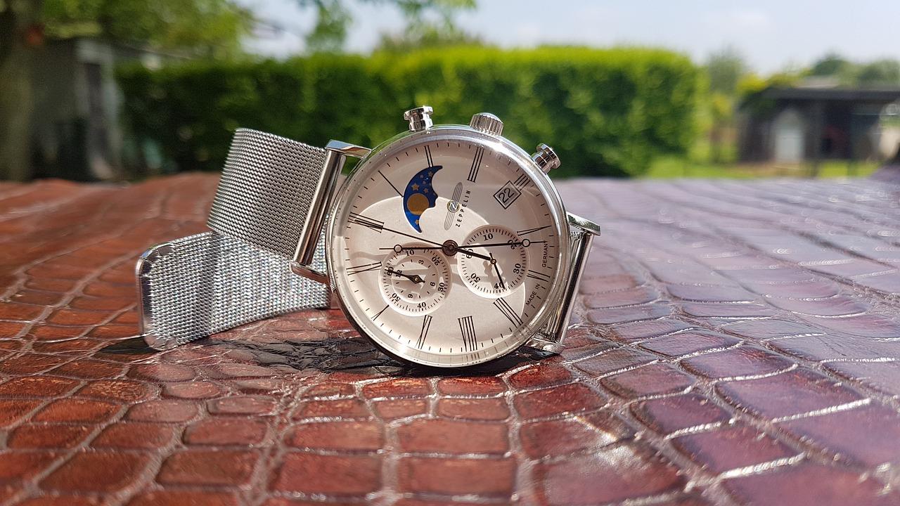 3144b797f2 「ZEPPELIN(ツェッペリン)」はドイツのメンズ時計ブランドです。1987年ミュンヘンにて創業されました。